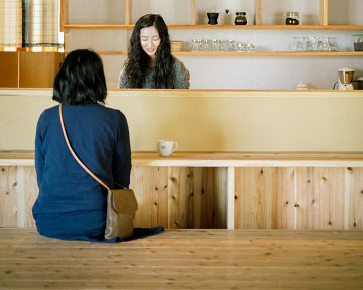 雪浦と出会うカフェ