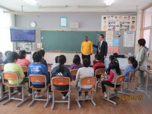 雪浦小学校の3、4、5年生にソロモン諸島の話をしました。