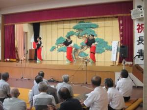 橋本敏子さん、山近阿矢子さん、森山由紀子さんによる舞踏、長良川艶歌。