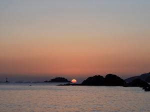 角力灘に沈む夕日、サンセットクルージング体験、いかがですか!