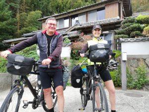 ベルギー&ドイツのカップルが自転車旅行で森田屋に